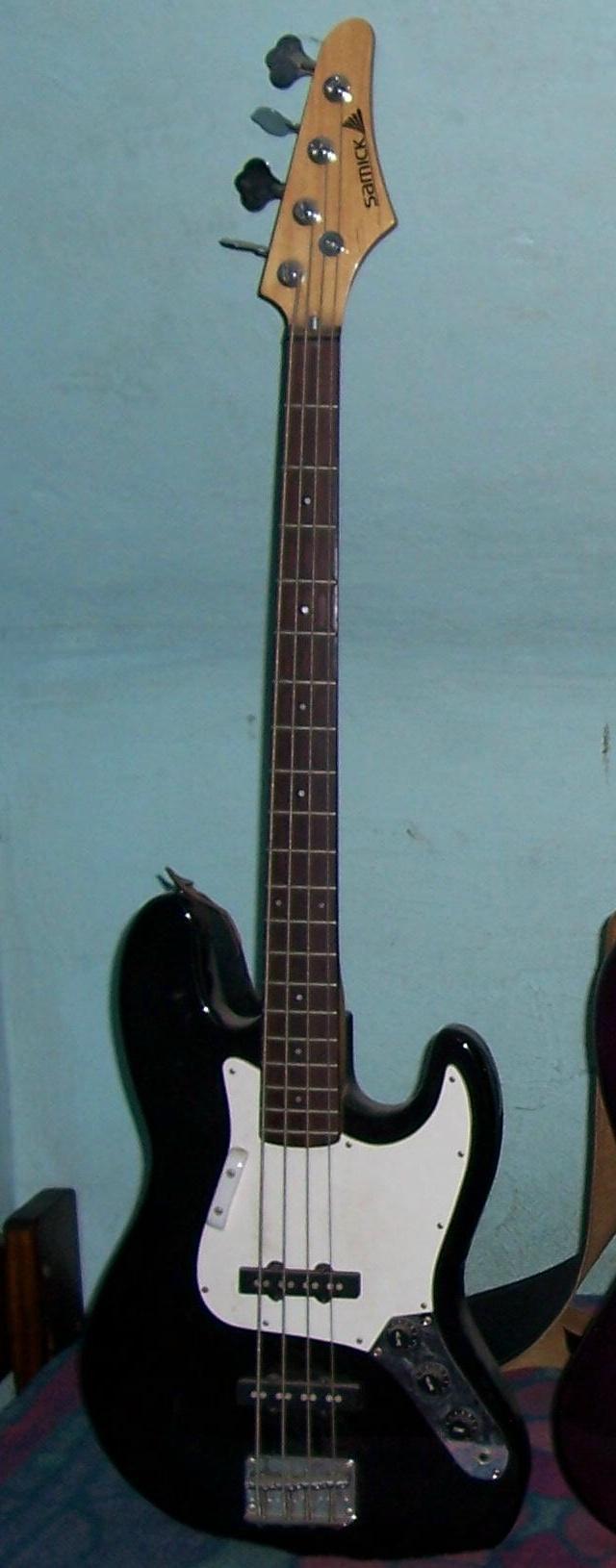 jeff watson 39 s guitars. Black Bedroom Furniture Sets. Home Design Ideas